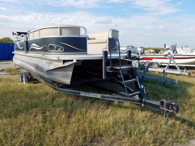 Avalon Vehiculos salvage en venta: 2010 Avalon Boat