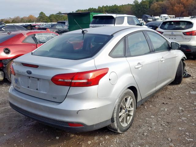 2017 FORD FOCUS SE - Right Rear View