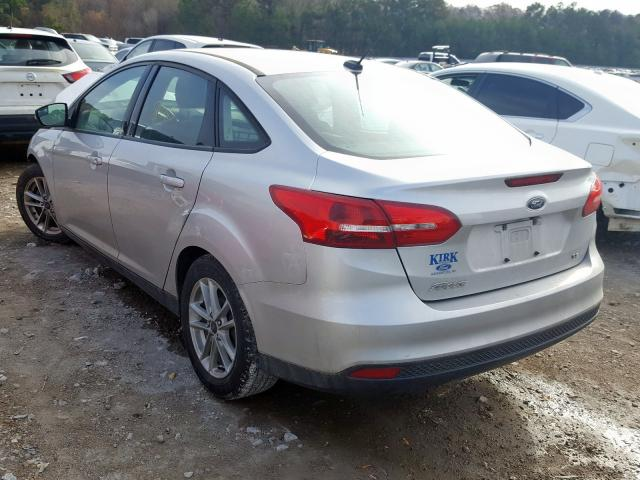 2017 FORD FOCUS SE - Right Front View