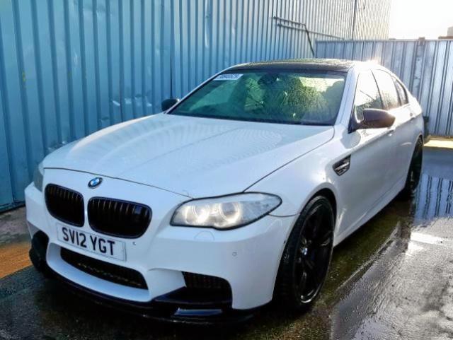 BMW M5 AUTO - 2012 rok