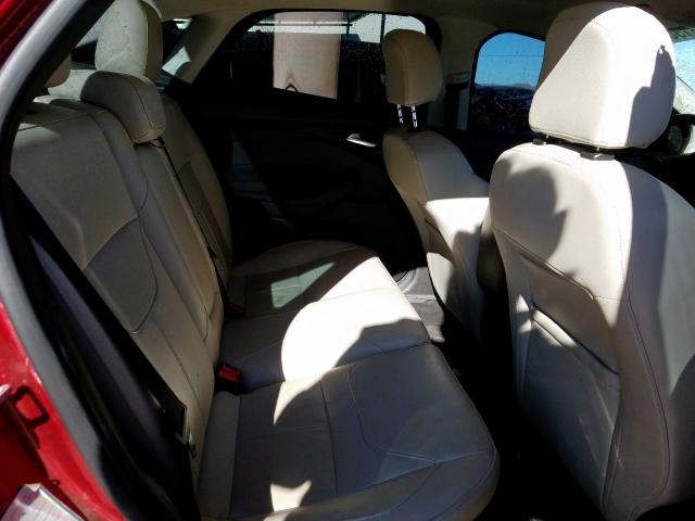 2017 Ford    Vin: 1FADP3J22HL247244