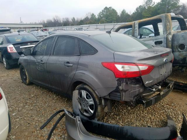 1FAHP3F29CL211585-2012-ford-focus-2