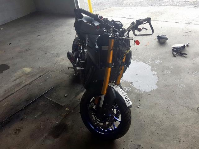 Salvage motorcycles for sale at Grantville, PA auction: 2014 Yamaha FZ09
