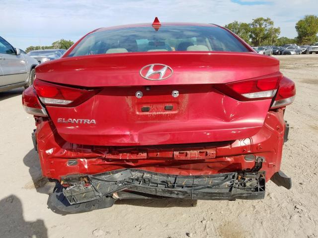 2017 Hyundai    Vin: 5NPD84LF6HH192797