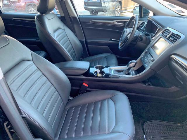 3FA6P0T9XGR107587 - 2016 Ford Fusion Se 2.0L close up View