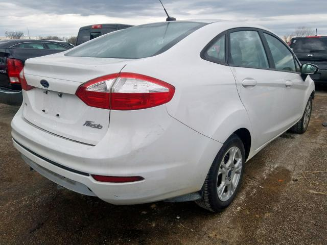 2015 FORD FIESTA SE - Right Rear View