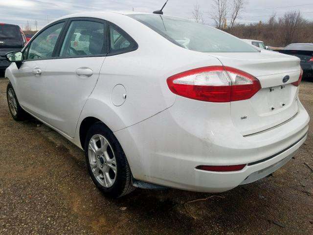 2015 FORD FIESTA SE - Right Front View