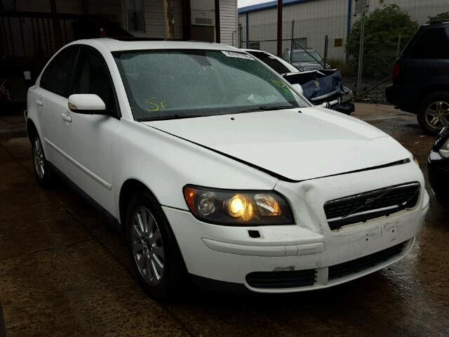 YV1MS382652117591 - 2005 VOLVO S40 2.4I