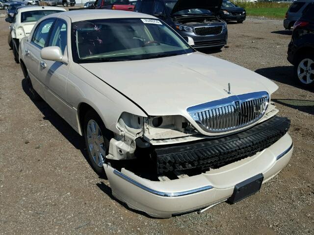 1LNHM83W83Y628458 - 2003 LINCOLN TOWN CAR C