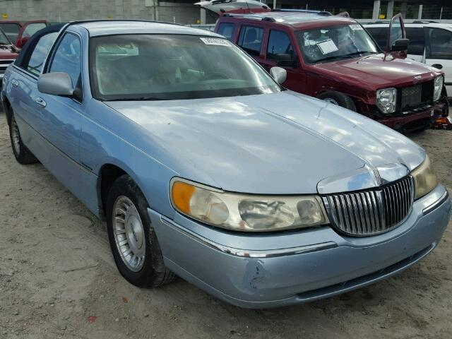 1LNFM81W0WY681461 - 1998 LINCOLN TOWN CAR E