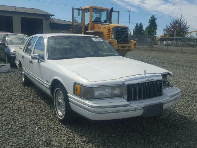 1LNLM81W3NY690429 - 1992 LINCOLN TOWN CAR E