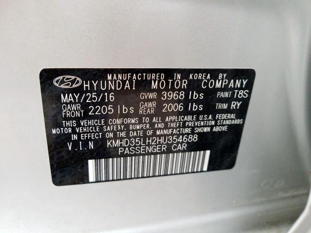 2017 Hyundai  | Vin: KMHD35LH2HU354688