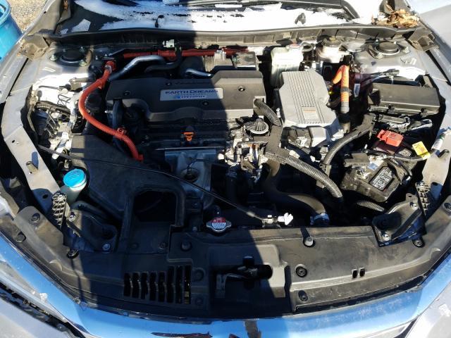 2017 Honda ACCORD   Vin: JHMCR6F52HC018792
