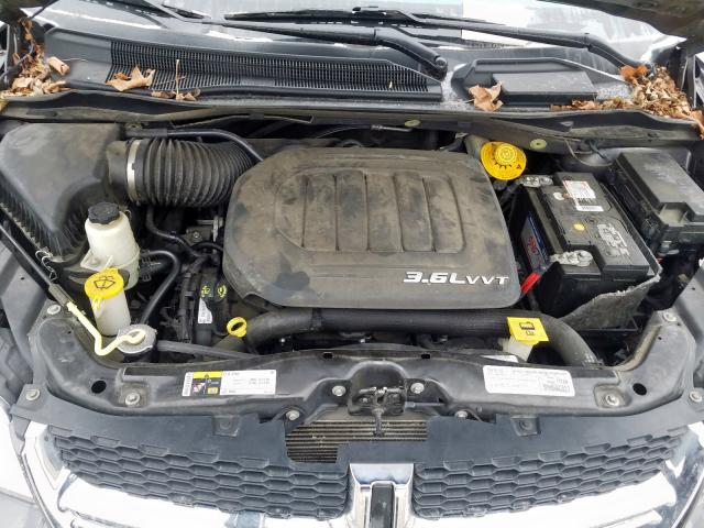 2015 Dodge    Vin: 2C4RDGCG2FR733372