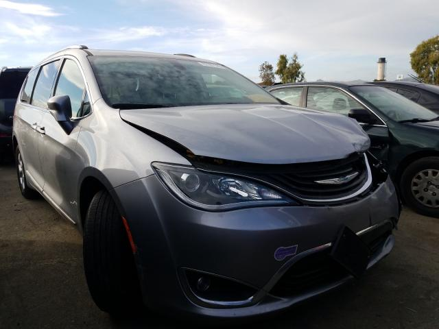 2018 Chrysler  | Vin: 2C4RC1L76JR124990