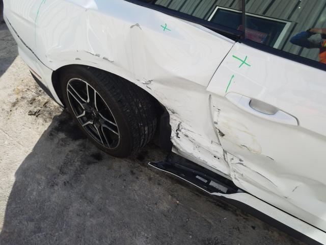 2018 Ford  | Vin: 1FATP8FF0J5117705