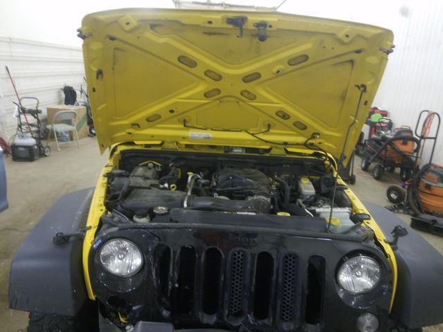 1C4AJWAG7FL576031 - 2015 Jeep Wrangler S 3.6L inside view