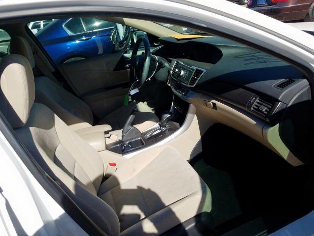 1HGCR2F75EA217906 - 2014 Honda Accord Ex 2.4L close up View