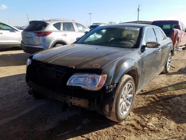 2C3CA6CT2BH594189 - 2011 Chrysler 300C 5.7L Right View
