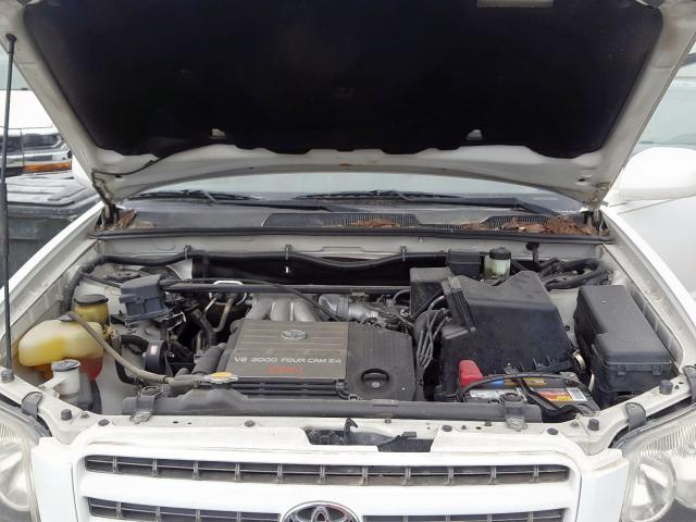 JTEGF21A420043626 - 2002 Toyota Highlander 3.0L inside view