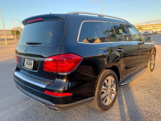 4JGDF7CE2DA152051 - 2013 Mercedes-Benz Gl 450 4Ma 4.6L [Angle] View