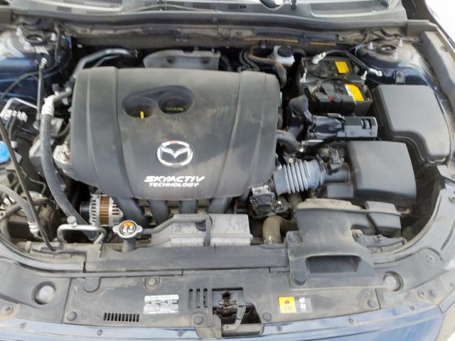 JM1BN1U78H1141704 - 2017 Mazda 3 Sport 2.0L inside view