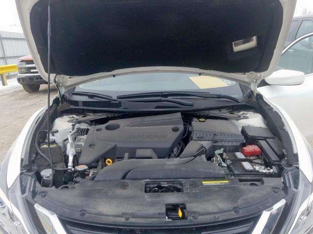 2018 Nissan    Vin: 1N4AL3AP2JC476989