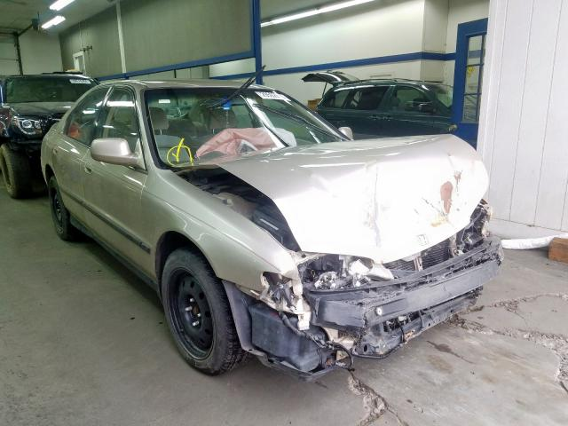 Salvage cars for sale from Copart Pasco, WA: 1995 Honda Accord LX