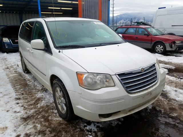 2A4RR5D16AR467857-2010-chrysler-town-and-country