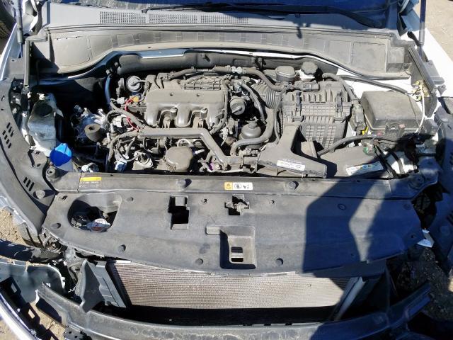 2017 Hyundai SANTA   Vin: KM8SR4HF3HU168455