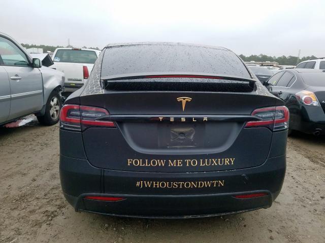 2017 Tesla MODEL X | Vin: 5YJXCBE23HF049685