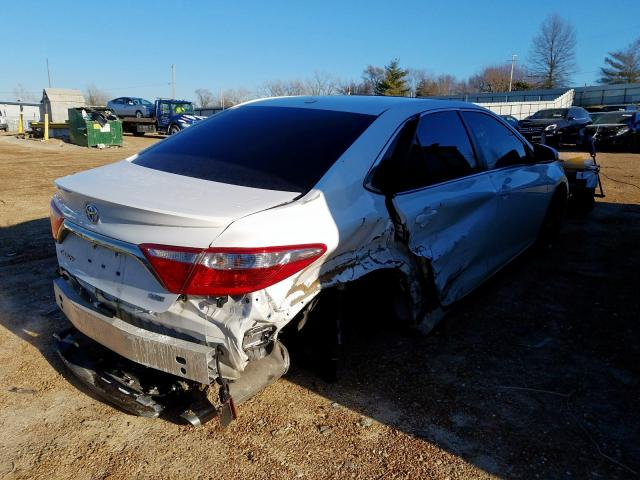 2016 TOYOTA CAMRY XSE - Right Rear View