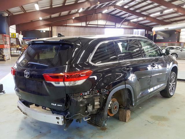 2017 Toyota    Vin: 5TDJZRFHXHS391873