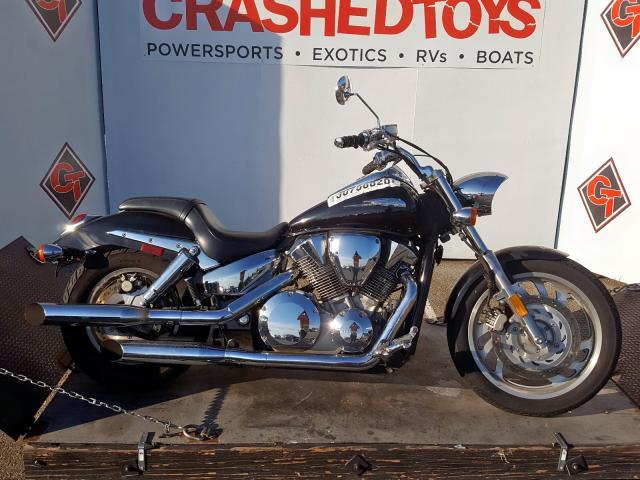 Salvage 2006 Honda VTX1300 C for sale