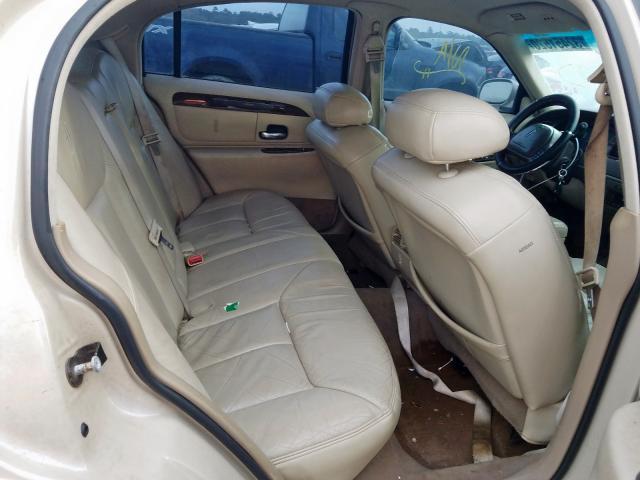 1999 LINCOLN TOWN CAR C - Interior View