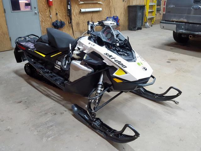 2BPSUDHE0HV000299-2017-ski-doo-snowmobile
