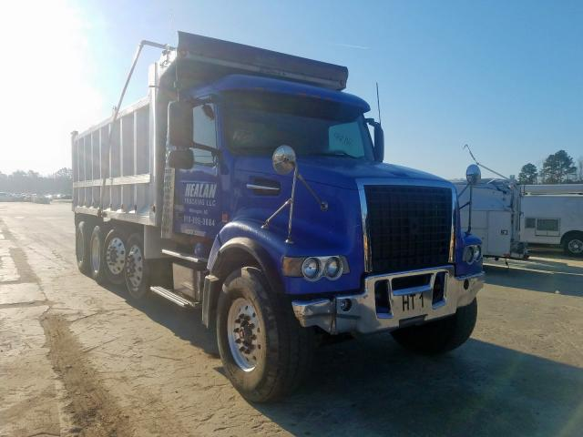 Salvage 2003 Volvo VHD for sale
