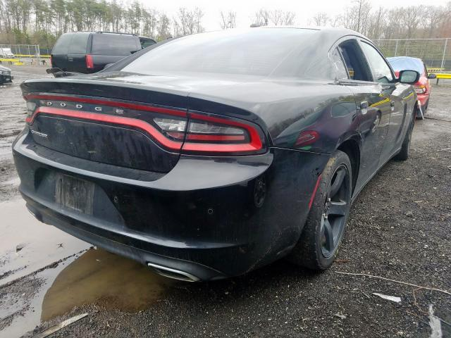 2015 DODGE CHARGER SE - Right Rear View