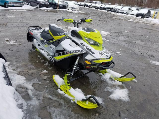 2BPSUMJN9JV000088-2018-ski-doo-snowmobile-0