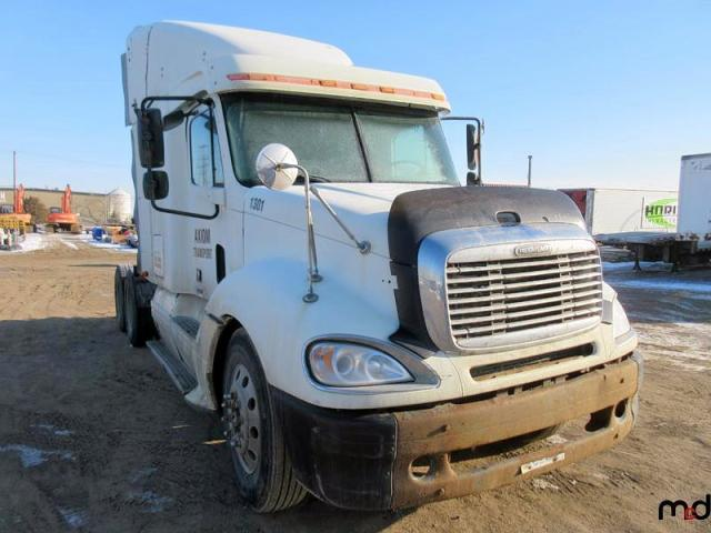 Freightliner Convention salvage cars for sale: 2003 Freightliner Convention