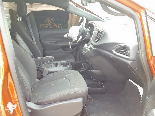 2018 Chrysler  | Vin: 2C4RC1FGXJR334049
