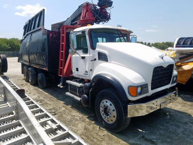 Mack salvage cars for sale: 2007 Mack 700 CV700
