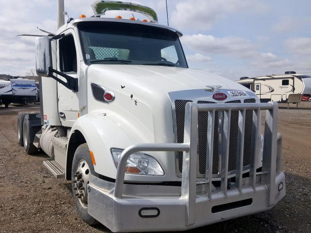 Peterbilt salvage cars for sale: 2016 Peterbilt 579