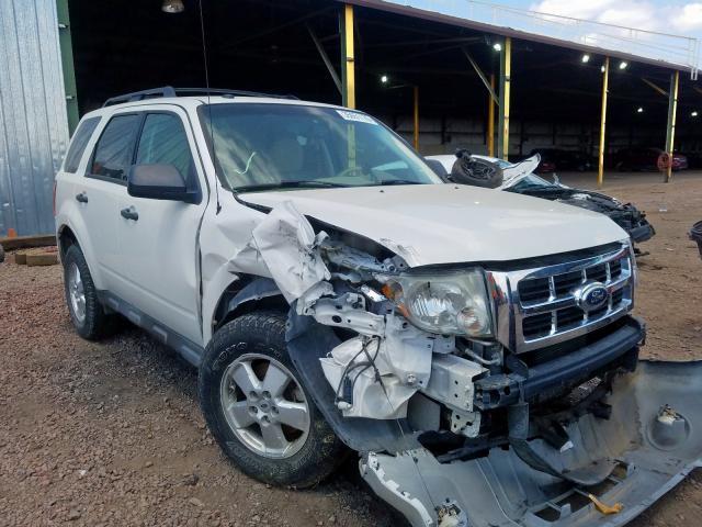 1FMCU9DG8BKB24808-2011-ford-escape
