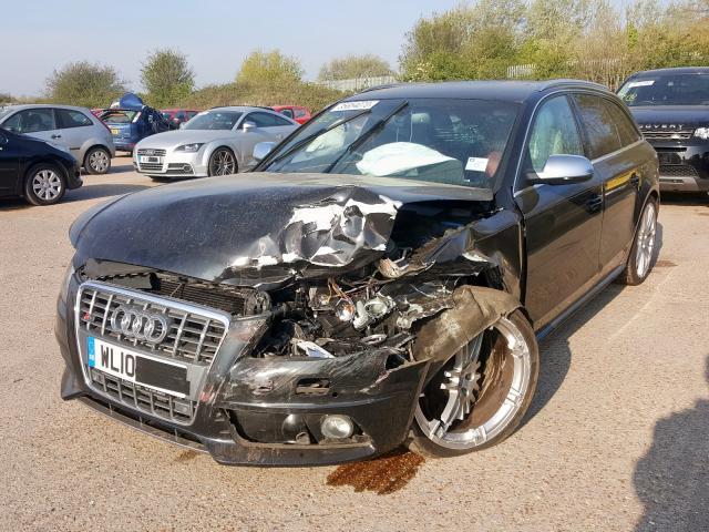 AUDI S4 T QUATT - 2010 rok