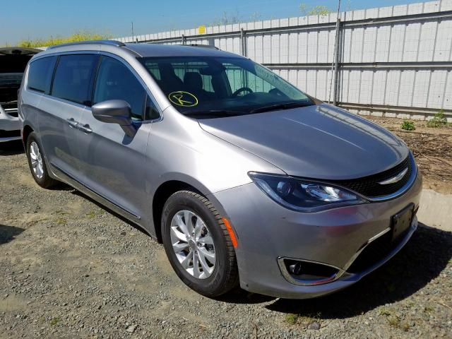 Chrysler Pacifica T salvage cars for sale: 2018 Chrysler Pacifica T