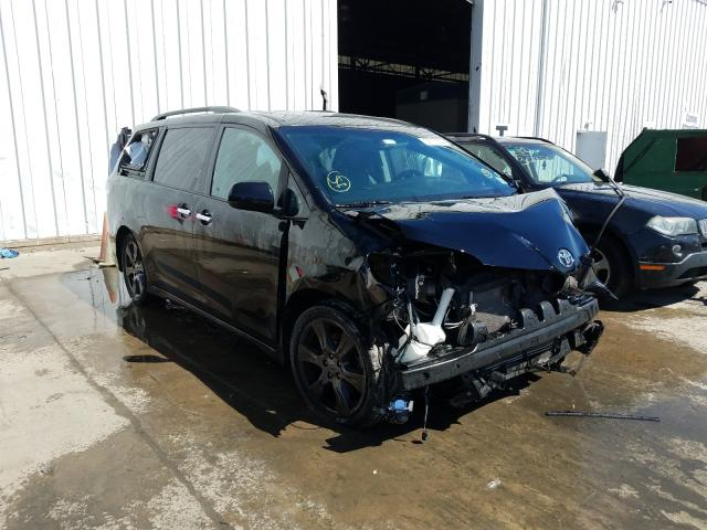 Toyota Sienna SE salvage cars for sale: 2017 Toyota Sienna SE