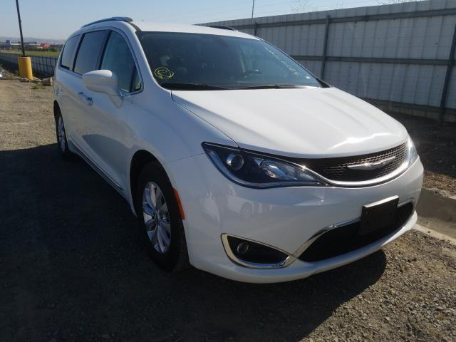 2C4RC1BG5KR561463-2019-chrysler-pacifica