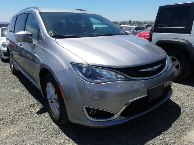 2C4RC1BG8KR554751-2019-chrysler-pacifica