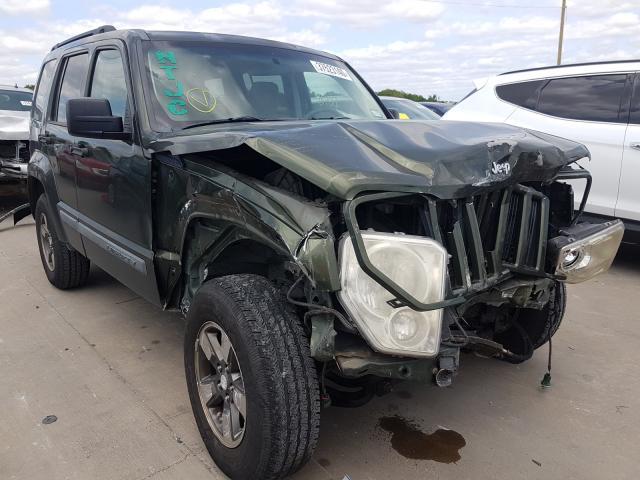 1J8GN28K98W106210-2008-jeep-liberty